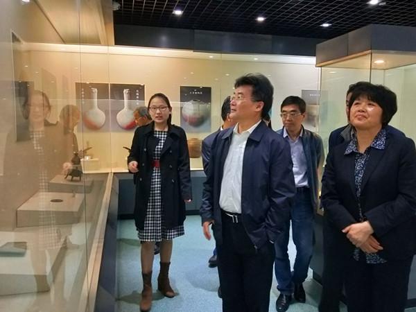 安庆市政协副主席黄杰一行参观宿松